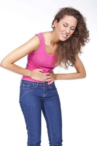 woman-stomach-pains-26932166-1.jpg